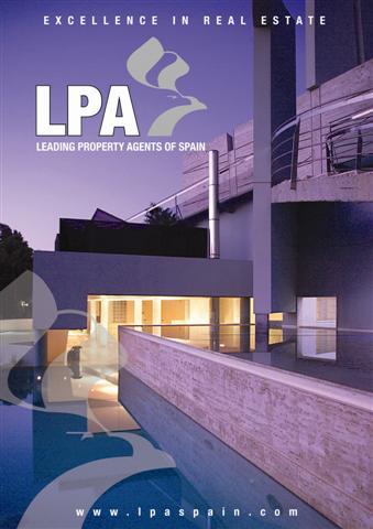 Launch of the LPA Magazine & Christmas markets