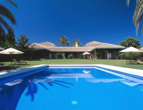 Luxury villa in El Madroñal Benahavis