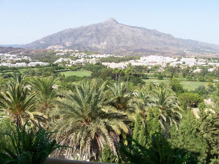 Las Brisas – aristocrat of the Golf Valley in Marbella