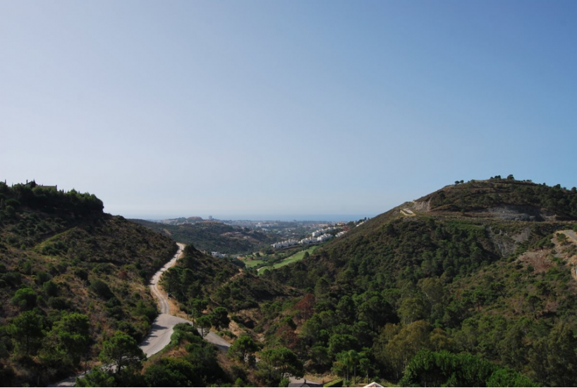 El Madroñal, Country living at a few minutes from Marbella