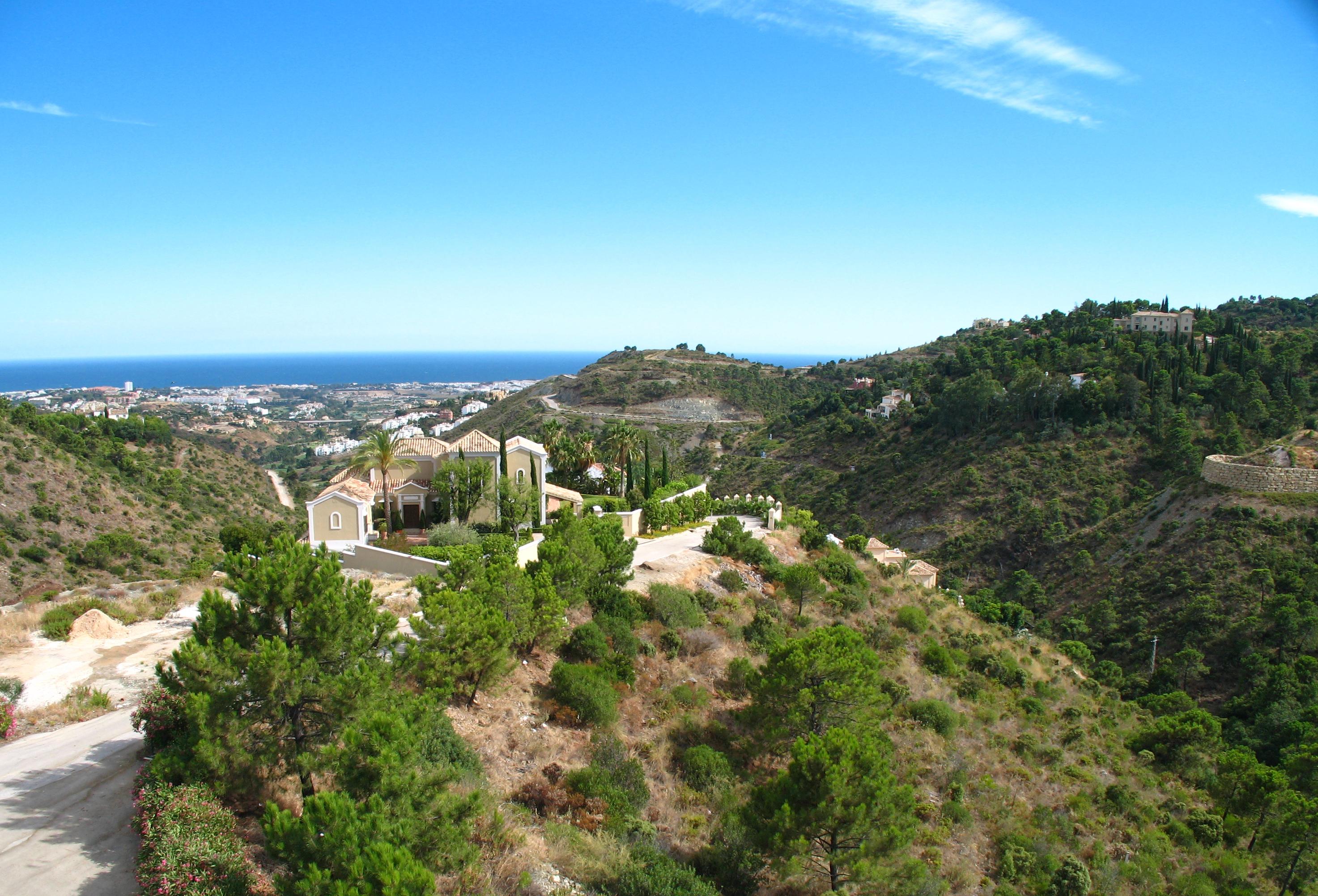 El Madroñal, life in the hills of Marbella
