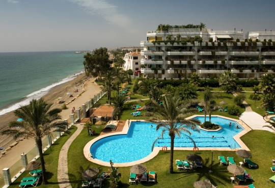 Rio Verde Playa – secluded on the Marbella beach