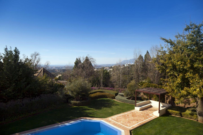 vista Villa en Los Picos, Marbella