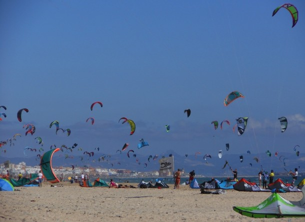 Kitesurfing en Tarifa por Roberto Quintana