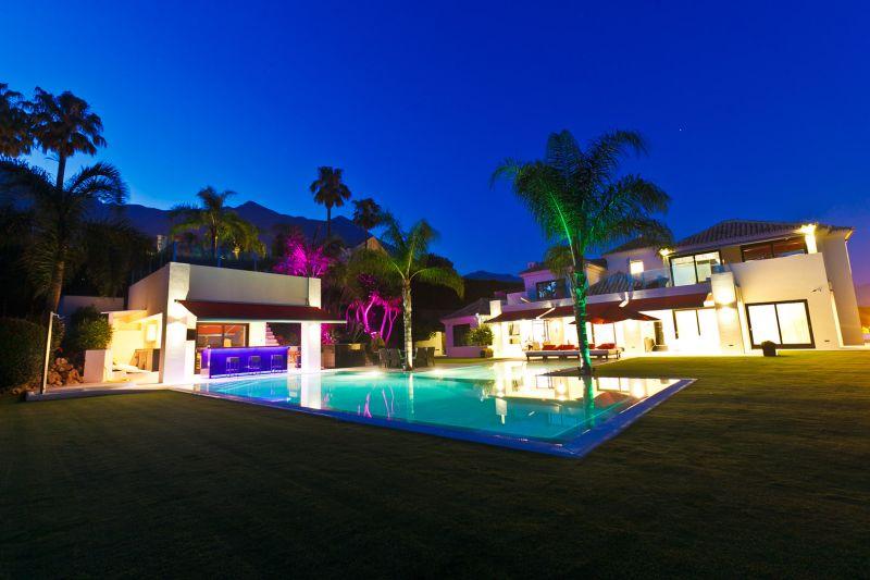 Villa de Diseño Moderno en Sierra Blanca, Marbella Golden Mile