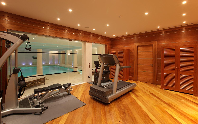 El gimnasio en casa bienestar para el cuerpo y el hogar - Casa con gimnasio ...