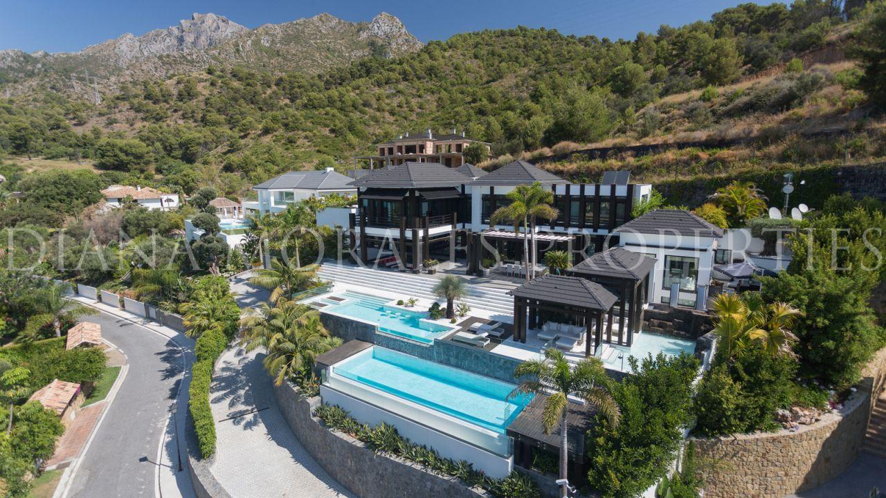 Arquitectura moderna en Marbella: Una villa hecha a medida