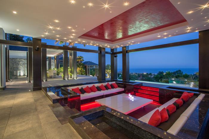 Exclusiva Villa de Diseño Contemporáneo en Marbella