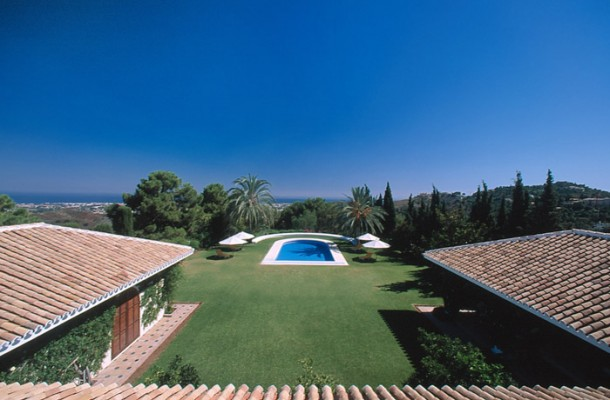 Secluded and Inviting Estate in Marbella