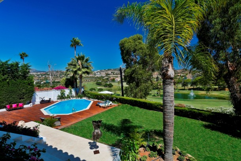 Nueva Andalucía's VIP locations