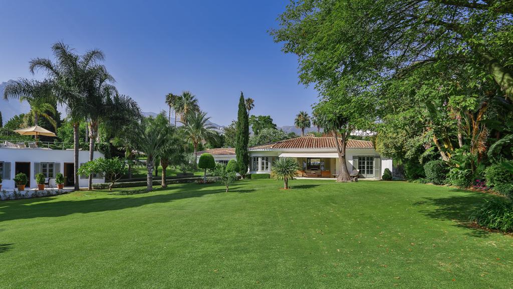 Family Villa In Marbella