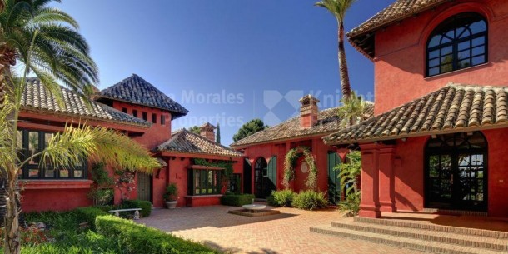 Villa en La Zagaleta construida para la vida moderna