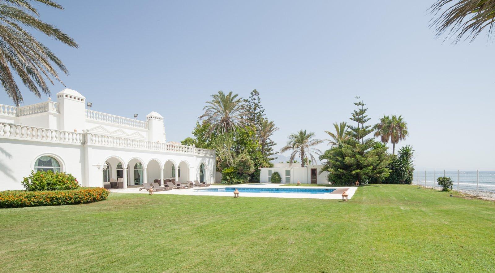 Spain Welcomes Emiratis
