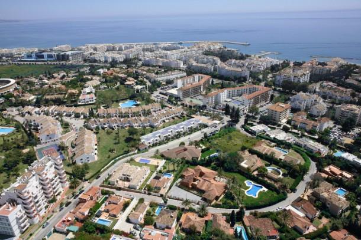 Informe del Mercado Inmobiliario de Marbella 2010