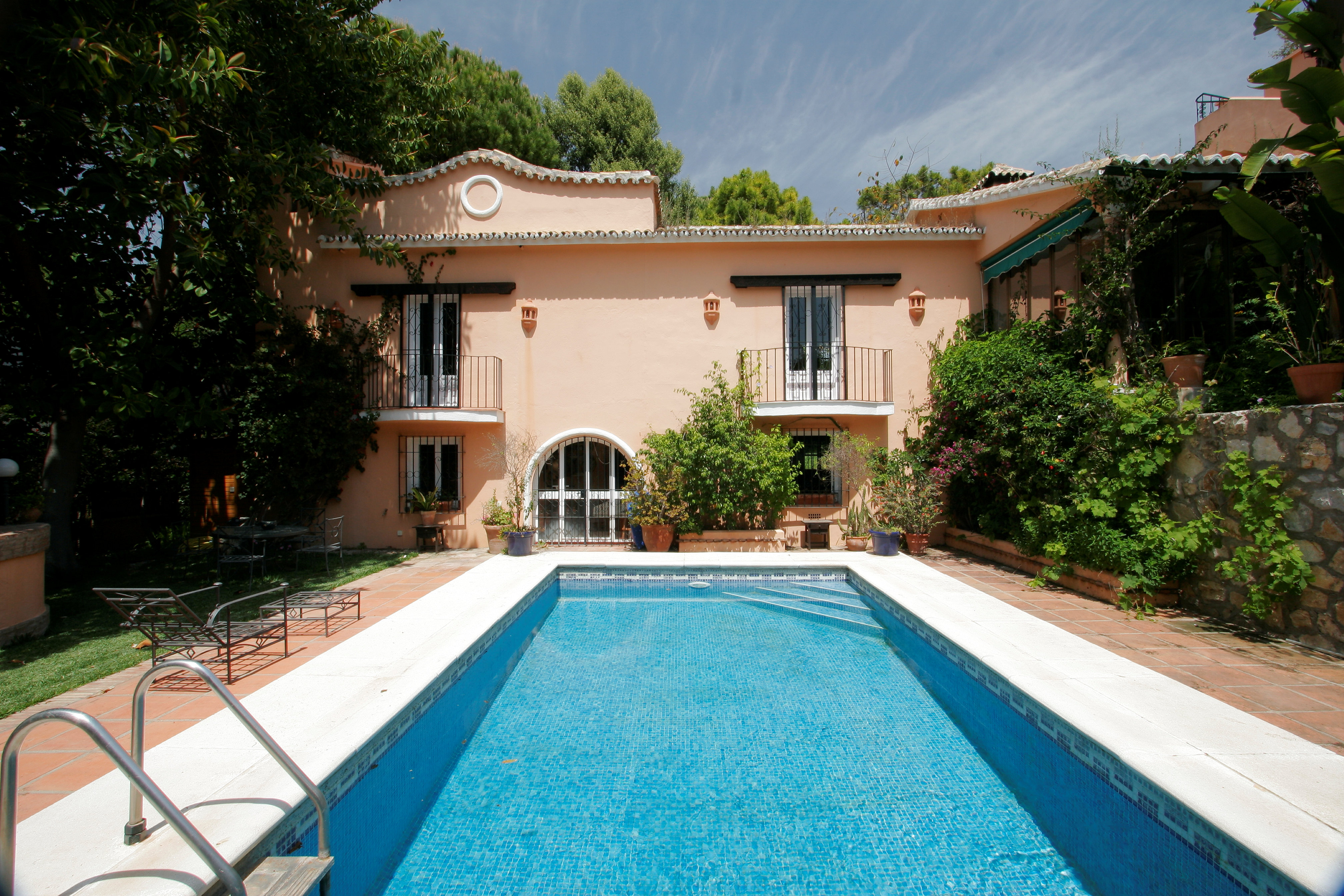 Enchanting villa in the heart of the Golden Mile