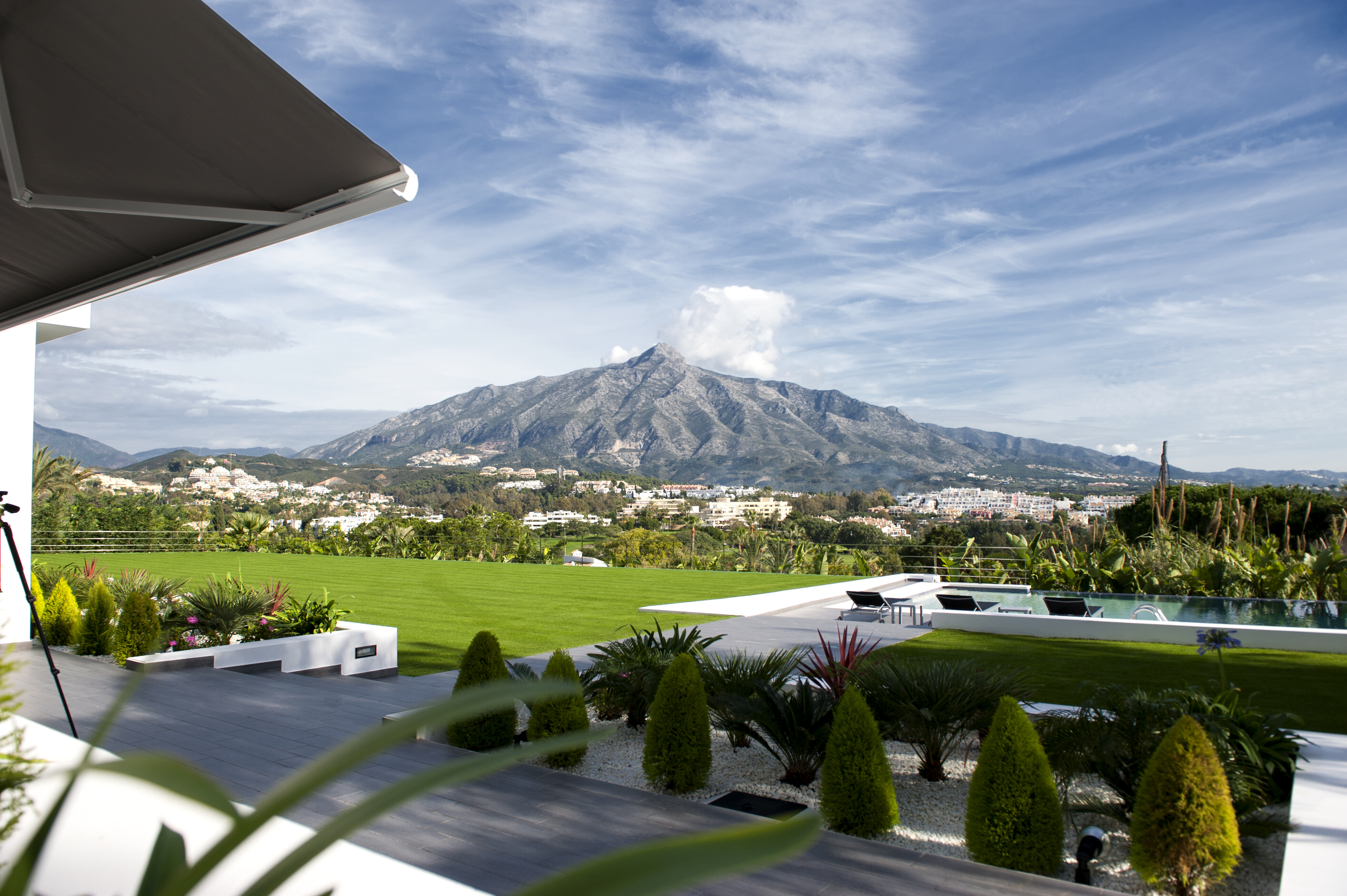 Nueva Andalucía: Terrains de Golf et Villas de luxe