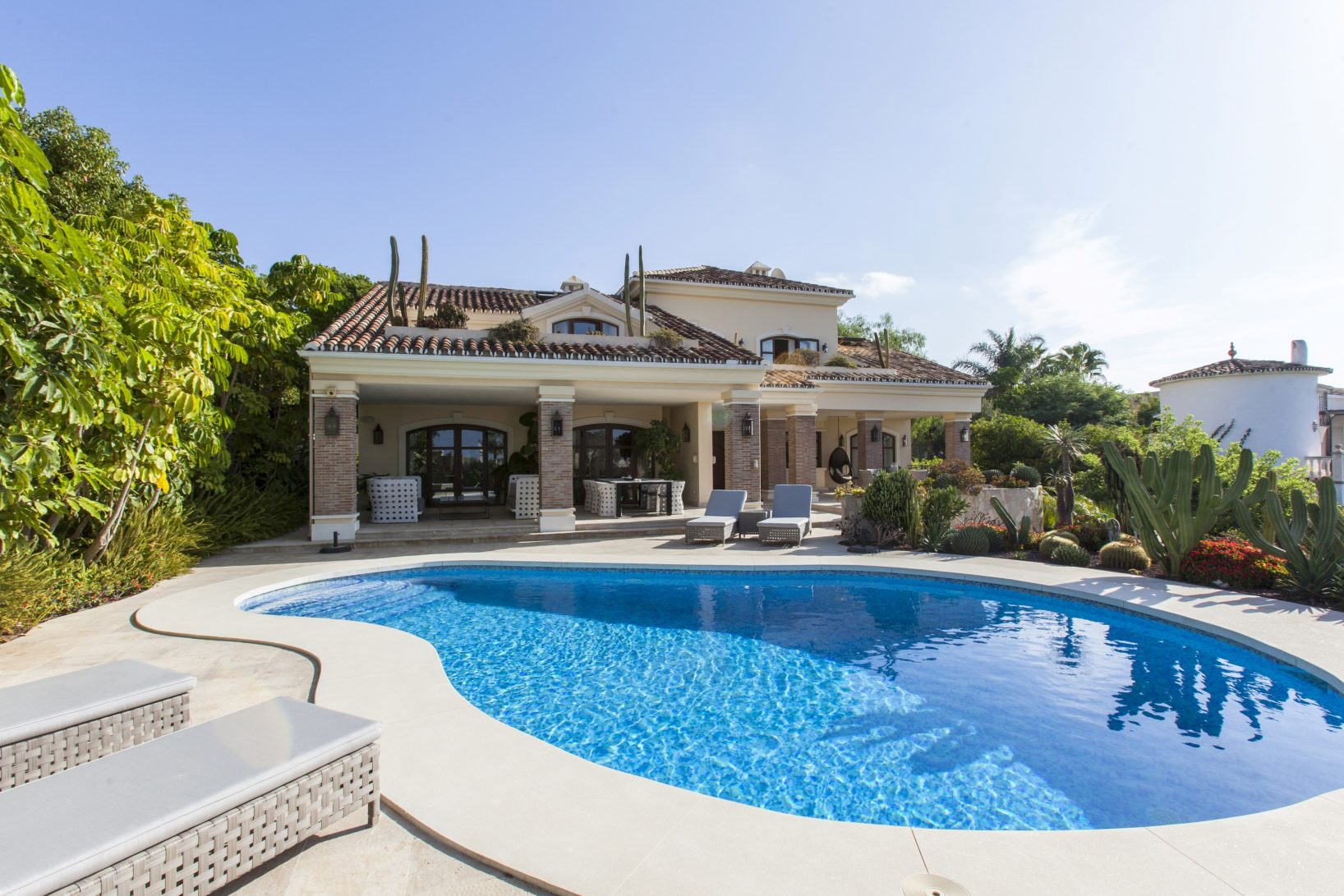 The appeal of properties for sale in Marbella East