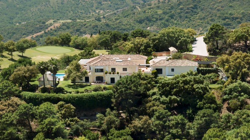 La Zagaleta, Villa in La Zagaleta with sea, golf and mountain views