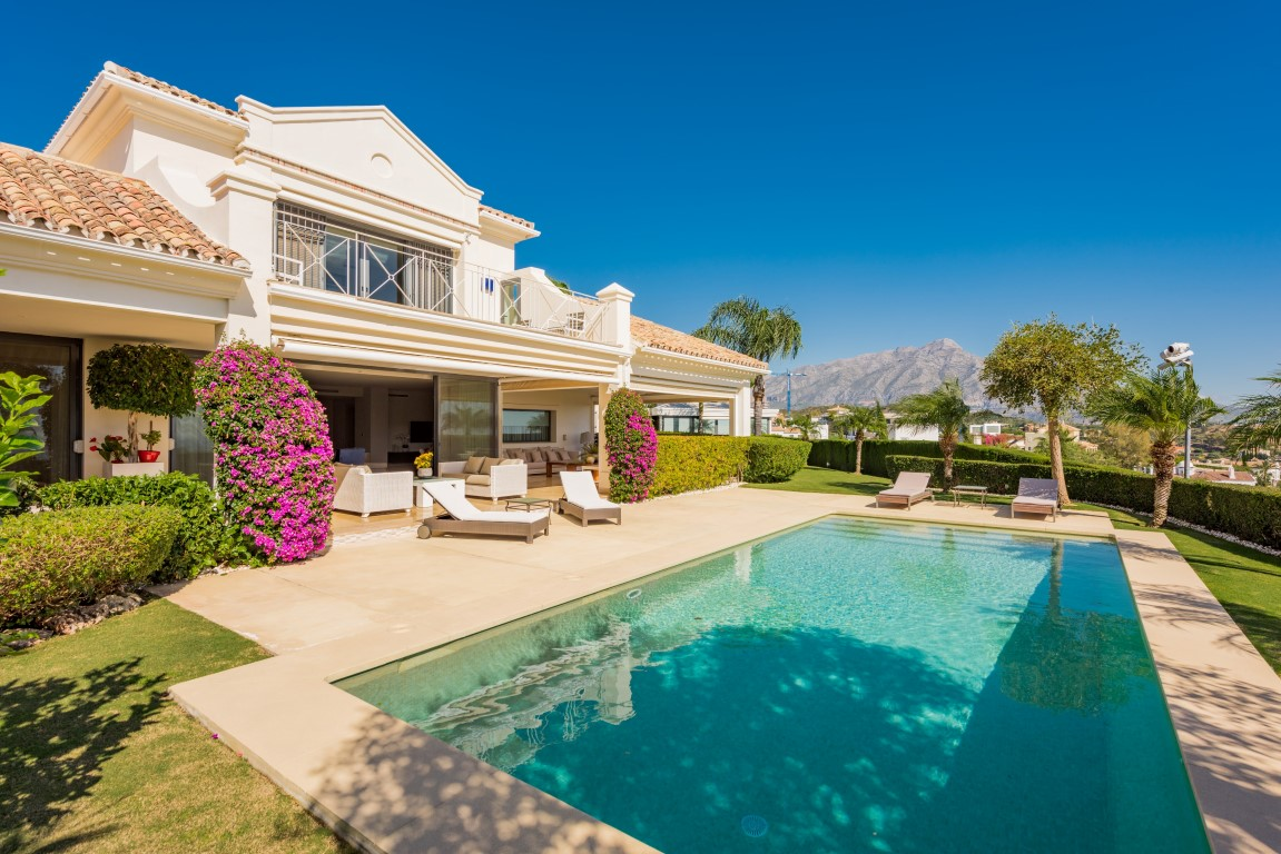Our property of the week: Stylish Home in El Herrojo Alto with Panoramic Views