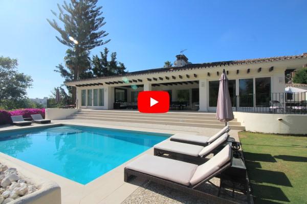 Video and Property of the week: Frontline golf villa in Las Brisas, Marbella