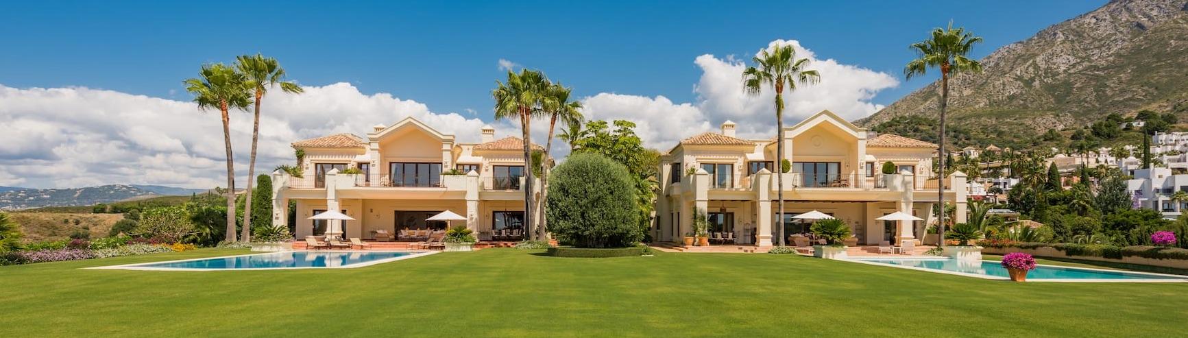 Villas in Marbella Hill Club, Golden Mile