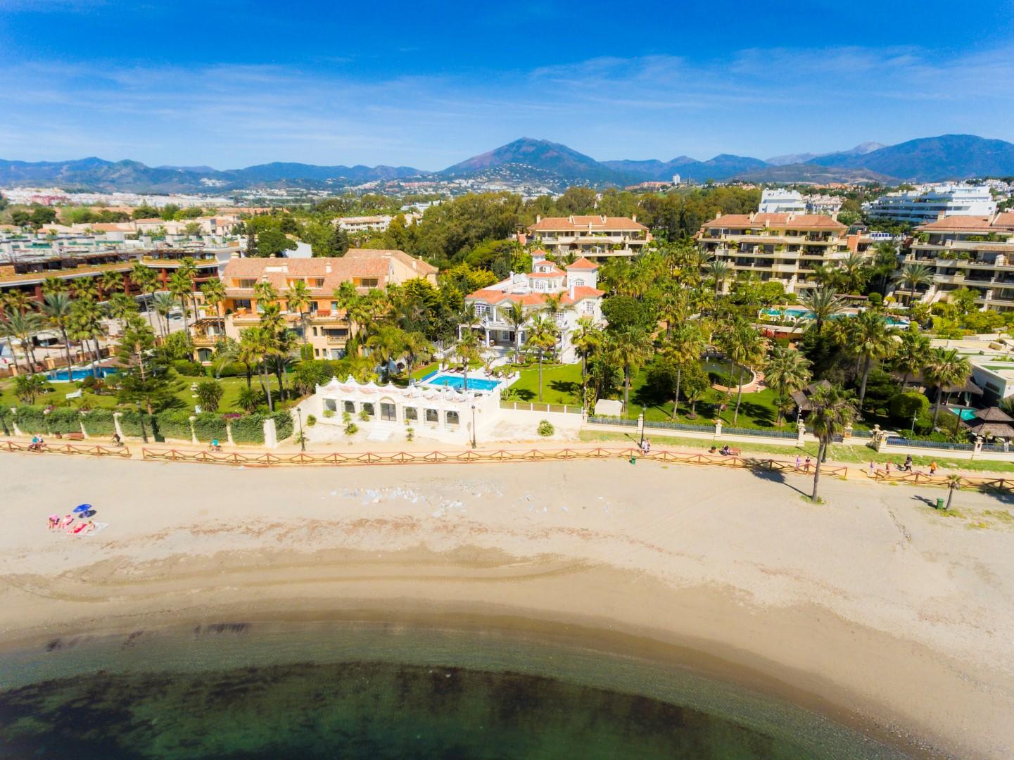 Private Luxury Auction: El Martinete, frontline beach villa in Puerto Banus. No reserve price.