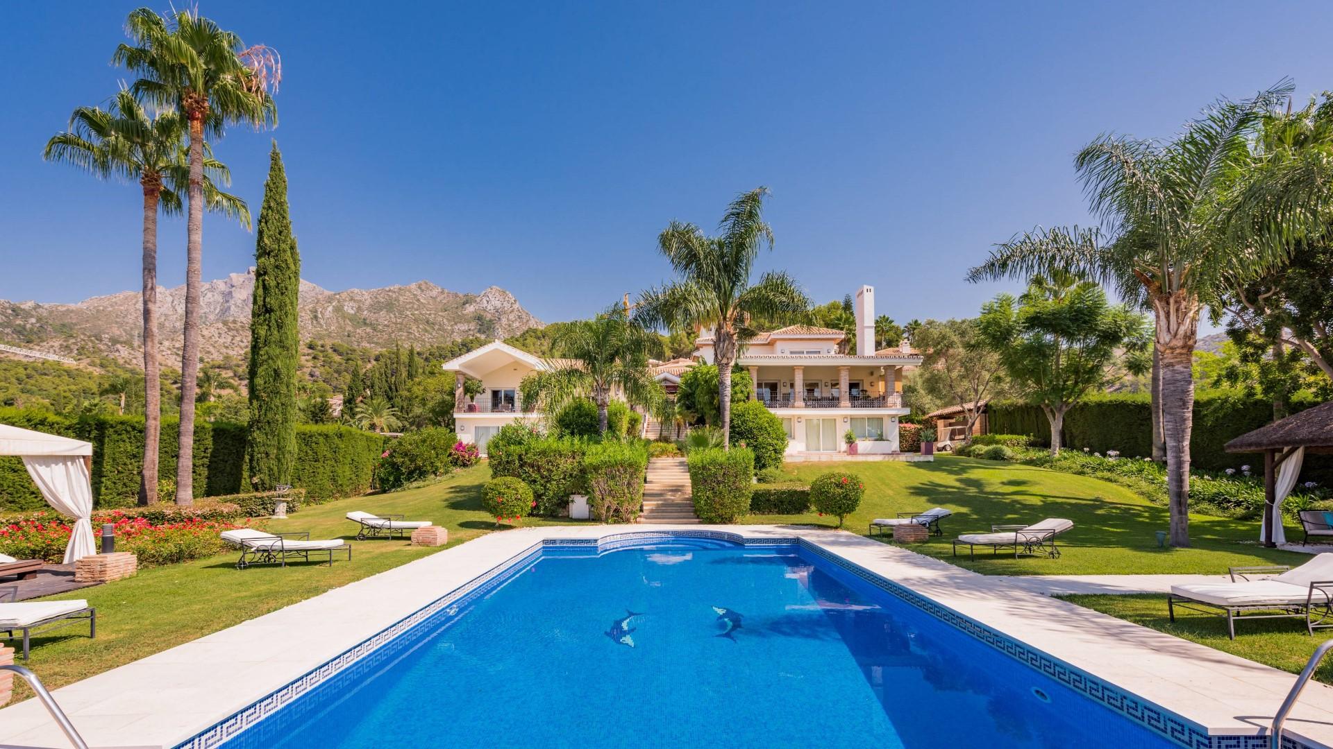 Grand villa in prime address in Marbella's Golden Mile
