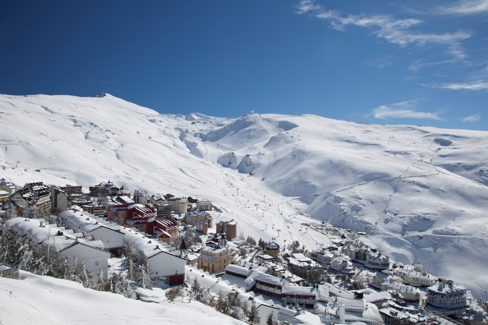 Sierra Nevada: Ski in the morning, relax by the beach in the afternoon.