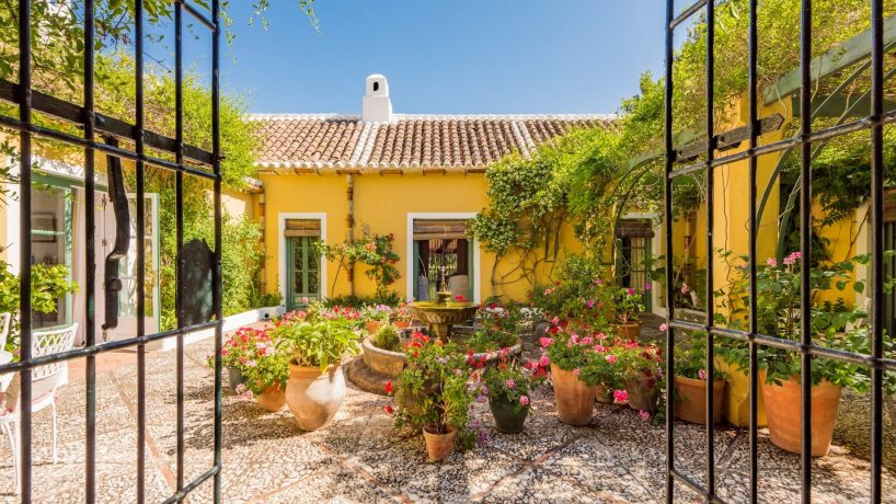 Charming Andalusian for sale in Marbella