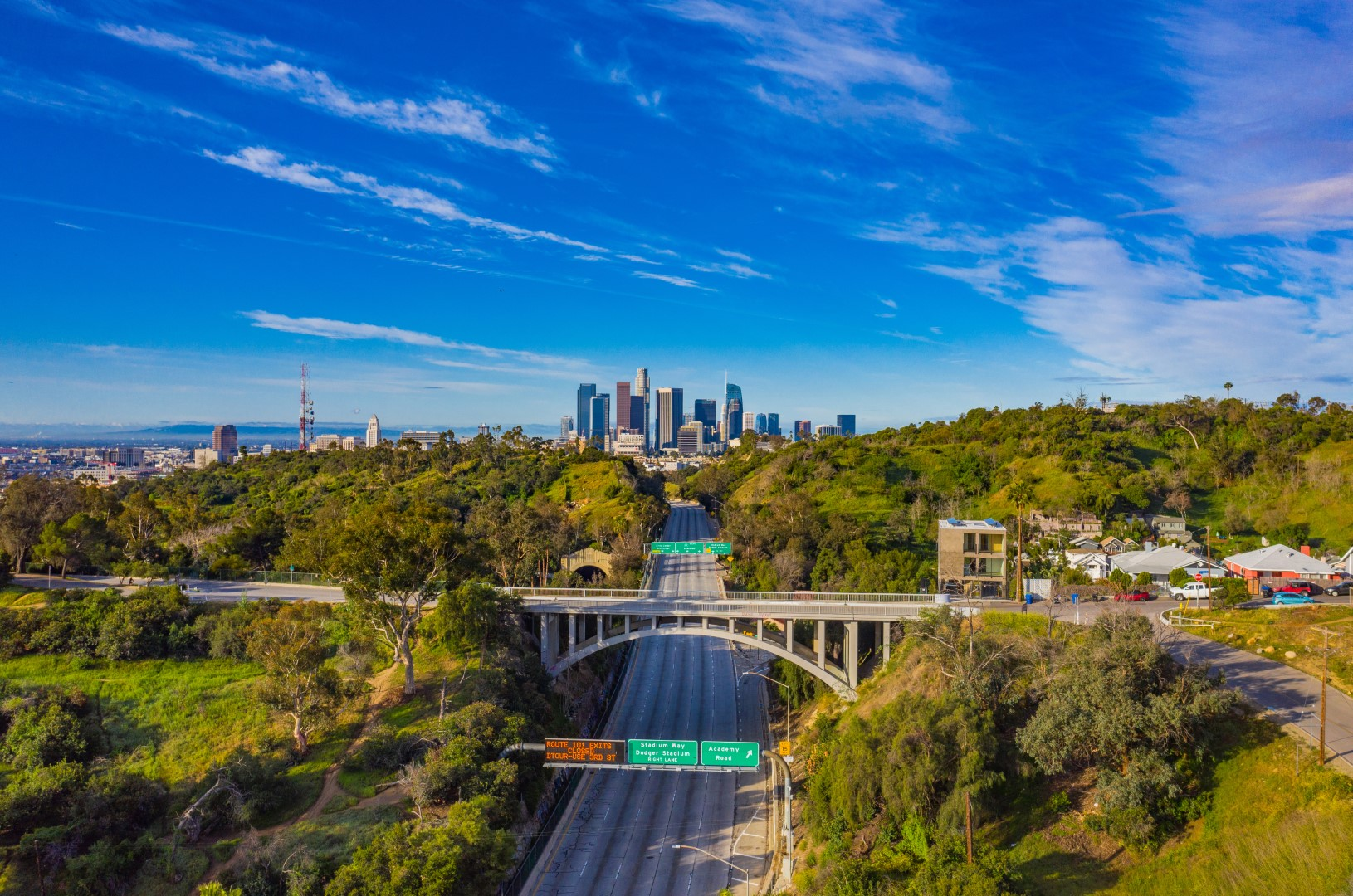 Ausencia de tráfico y contaminación en Los Ángeles, California