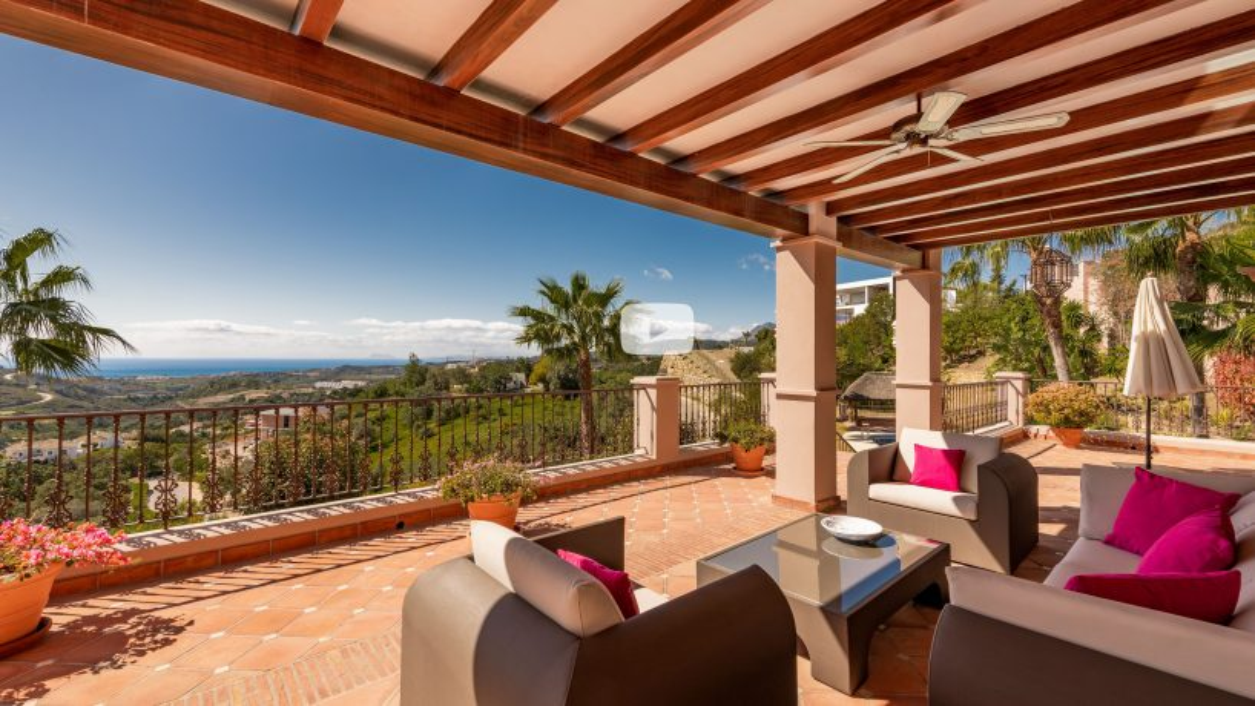 New video: Charming Mediterranean villa with amazing views in Marbella Club Golf Resort