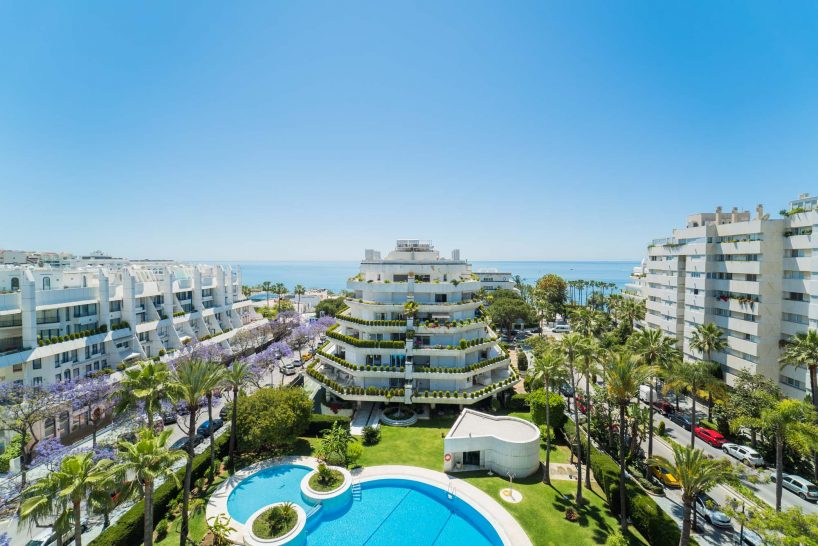 Tour this Spectacular Duplex Penthouse in Marbella