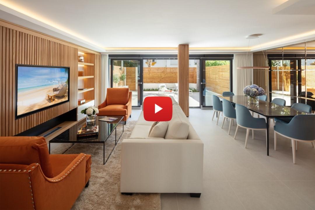 New video: Luxury beachside townhouse in Marbella Golden Mile