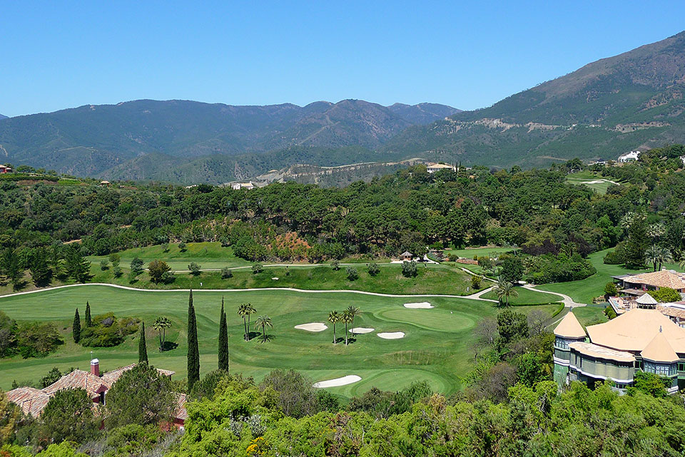 Frontline Golf Property in Marbella