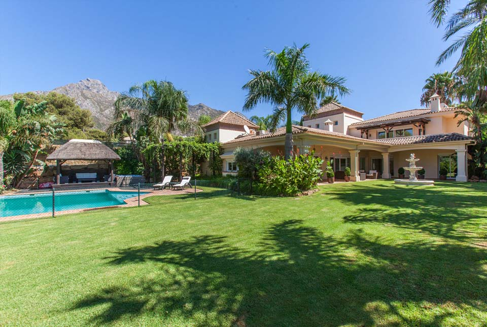 Villas with reduced prices in Marbella